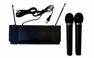 Set 2 microfoane cu receiver Herostar, la doar 99 RON in loc de 199 RON