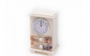 Cutie de bijuterii, la doar 33 RON in locde 98 RON