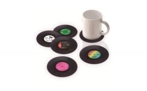 Set suport cana/pahar - 4 bucati asortate, model disc vinyl, diametru 10 cm - Rock around the clock