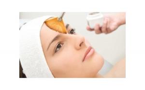 Proceduri cosmetice avansate anti-aging