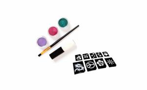 Kit pentru tatuaje