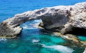 Vacanta in Cipru cu doar 258 Euro/persoana, 7 nopti cazare cu mic dejun, transport avion, taxe incluse, daca achizitionezi cuponul de 29 RON