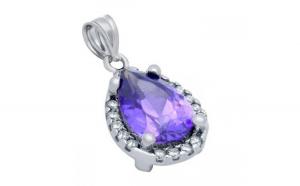 Pandantiv elegant din argint 925 cu piatra violet