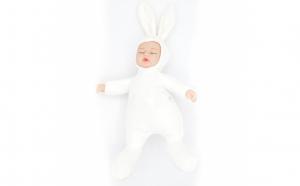 Bebelus de jucarie, imbracat in iepuras, 30 cm