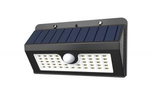 Lampa solara de perete cu senzor de miscare si lumina cu 45 leduri