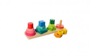 Joc de sortare compus din 4 forme geometrice