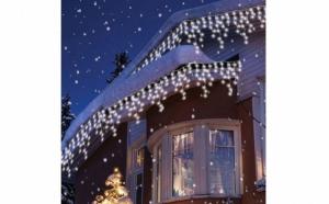 Instalatie pentru exterior, alba, 8 metri, franjuri cu LED-uri + Cadou o instalatie brad 100 LED-uri multicolore