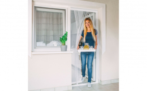 Perdea - plasa anti-tantari pentru usa