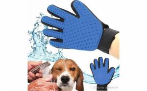 Manusa pentru periat animalele de companie