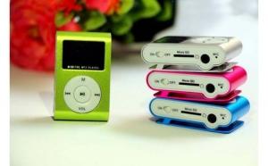 MP3 player cu display si Micro SD