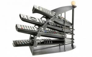 Organizator telecomenzi - ideal pentru orice casa