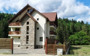 Malini - Valeni Pensiunea Bucovina