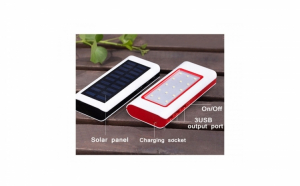 Baterie externa 10000 mAh - cu panou solar si lanterna LED