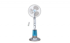 Ventilator cu telecomanda si pulverizare