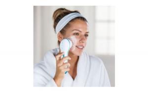 Perie de masaj si curatare faciala