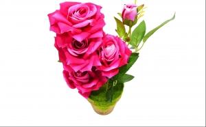 Trandafiri artificiali in ghiveci