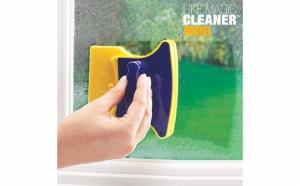 Aparat pentru curatare geamuri cu magnet
