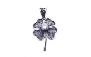 Pandantiv Trifoi Filigran cu Zirconiu, Argint 925, 3 cm x 2 cm + Snur Martisor