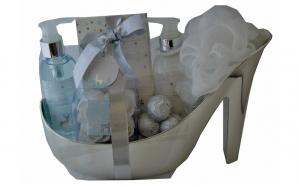 Set cadou in pantof argintiu cu 6 produs