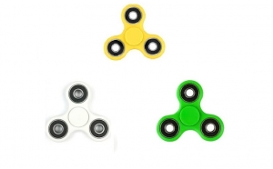 Jucarie anti-stres Fidget Spinner, la doar 18 RON in loc de 56 RON
