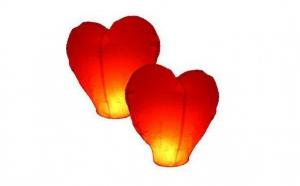 Set 10 Lampioane zburatoare in forma de inima, la doar 39 RON in loc de 100 RON!
