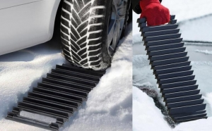 Set 2 benzi antiderapante pentru automobil - pentru zapada sau noroi