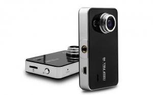Camera Auto K6000 + card memorie cadou 4GB, FULL HD, 1080p la doar 129 RON in loc de 309 RON