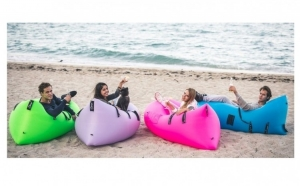 Canapea - saltea gonflabila ideala pentru iesirile in aer liber
