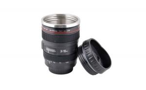 Cana termos in forma de obiectiv foto EF 24-105 mm multifunctional pentru pasionatii de fotografie