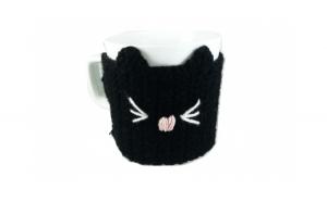 Cana cu hainuta crosetata pisica  negru