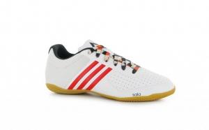 Adidasi barbati Adidas Ace 15.3, la doar 239 RON in loc de 659 RON