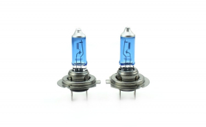 Set de 2 becuri Halogen H7, 100W +130% Intensitate - LONG LIFE