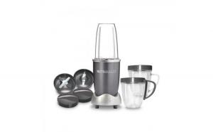 Blender profesional cu Putere de 600 W, Lame din Otel inoxidabil, Material carcasa Plastic, Usor de curatat, Mic si compact, 20.000 rpm, Negru