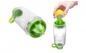 Sticla de apa cu storcator incorporat