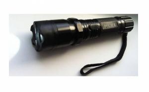Lanterna Police cu electrosoc pentru autoaparare