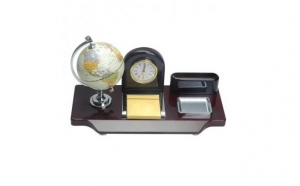 Set de birou lux Business, cadoul perfect pentru seful tau acum la pretul promotional  de 229 RON in loc de 329 RON