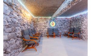Salinoterapie si relaxare intr-un singur loc - pachet family 10 sedinte