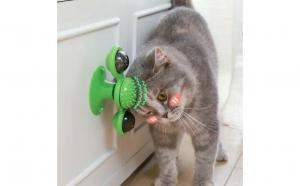 Moara de vant pentru pisica