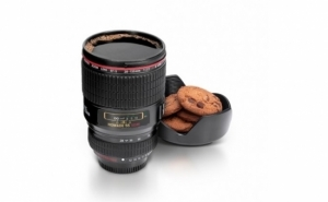 Cana termos in forma de obiectiv foto - fiind un produs multifunctional, la doar 35 RON in loc de 80 RON