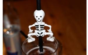 Set de 10 paie de baut Halloween Party, la doar 35 RON in loc de 65 RON