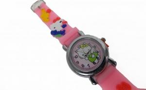 Ceas de mana pentru copii Hello Kitty pret 28 RON in loc de 56 RON