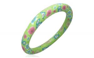 Bratara verde cu floricele roz si bleu