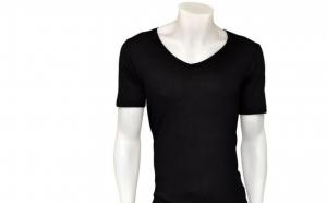 Tricou Bershka pentru barbati, la 28 RON in loc de 56 RON