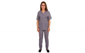 Costum medical gri cu bluza cu anchior in forma V, trei buzunare aplicate si pantaloni gri cu elastic