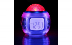Ceas proiector digital cu stelute, muzica, calendar, alarma, LCD