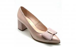 Pantofi din piele lacuita