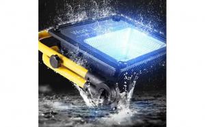 Proiector LED 50W portabil cu telecomanda