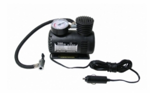 Compresor auto 12V la doar 38 RON in loc de 77 RON