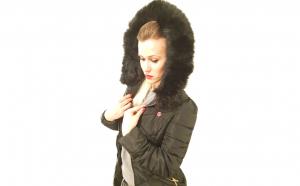 Jacheta eleganta si Inteligenta de iarna cu gluga, cu sistem de incalzire, Bubus, cu LED, Dama, lungime medie, Negru