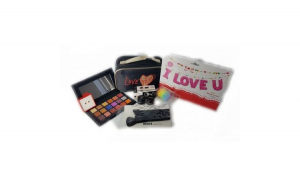 Set Make-up, Love me
